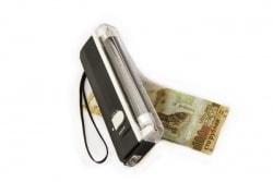 Портативный детектор банкнот фото
