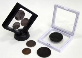 Футляр-рамка для презентации монет с подставкой (90х90 мм) / страница 1 фото