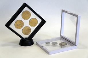 Рамка для монет с подставкой (110х110 мм) / страница 1 фото